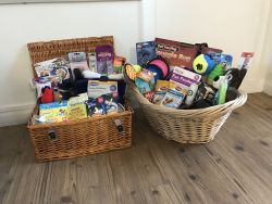 Dog or Cat hamper (winners choice)